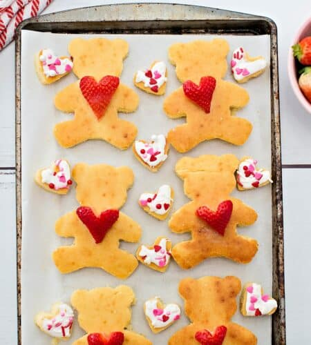 Bear Heart Pancakes | Cookie Cutter Valentines Day Treats