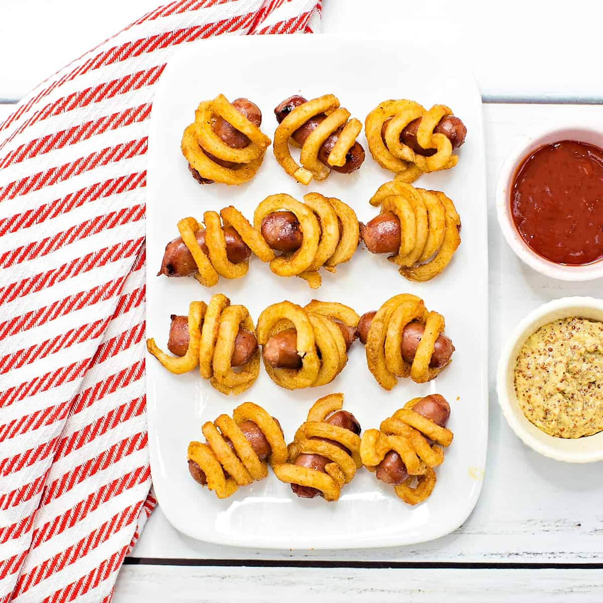 Curly Fries Mini Hot Dogs
