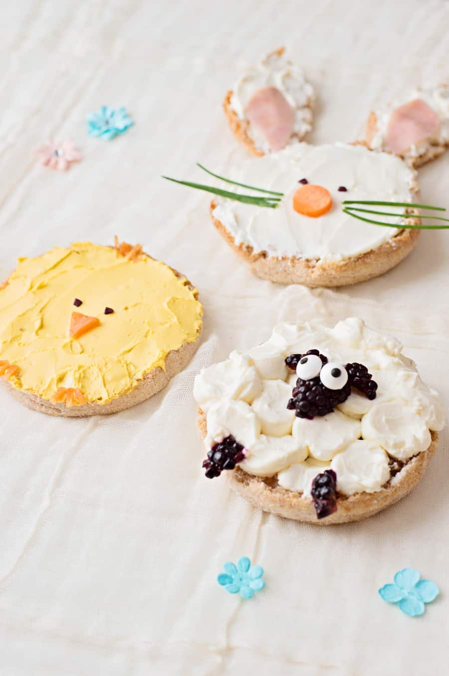 Celebrate spring by making your kids this adorable animal-themed lunch (or breakfast) of bunny chick and sheep Easter Toast!