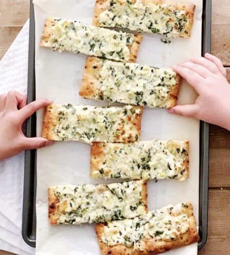 Spinach Artichoke Dip Pizza for an Easy Weeknight Dinner