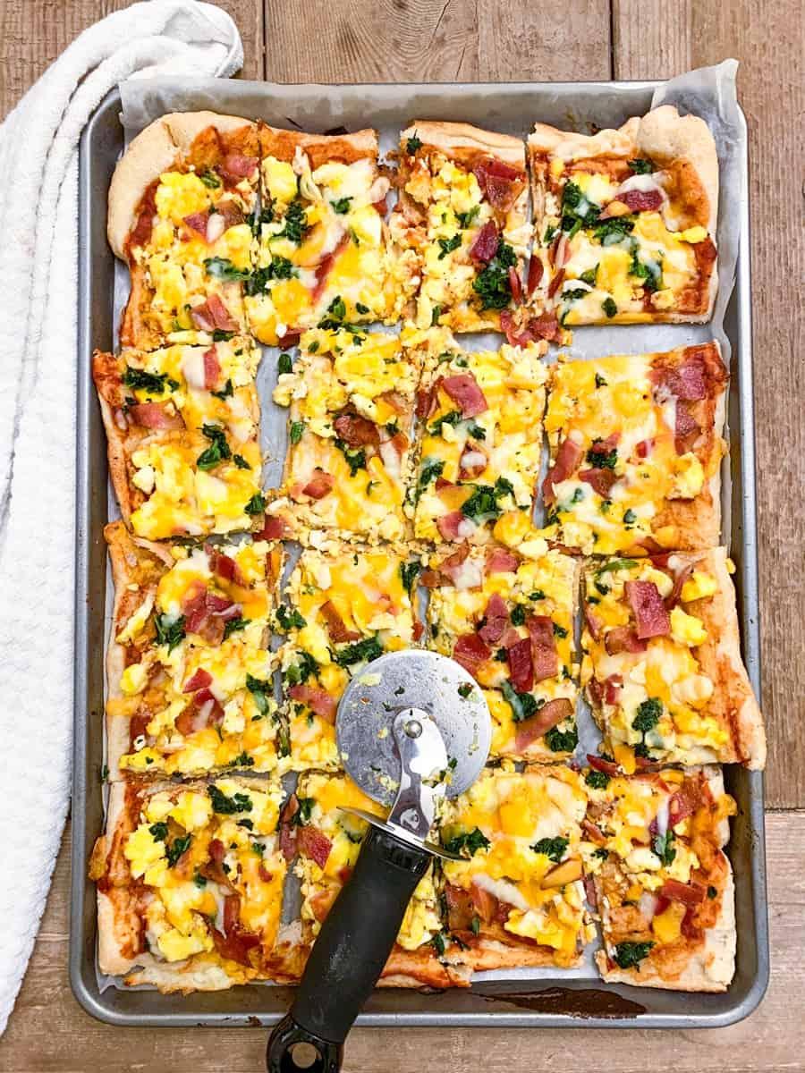 How to Make Sheet Pan Breakfast Pizza Recipe