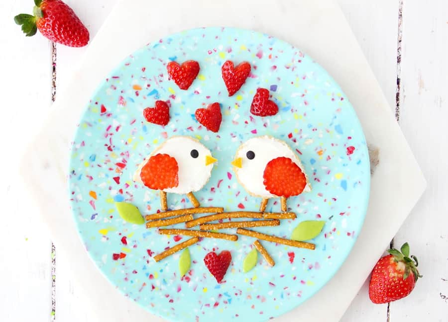 Love Birds Valentine Toast. Cute Valentine lunch for kids. Process.