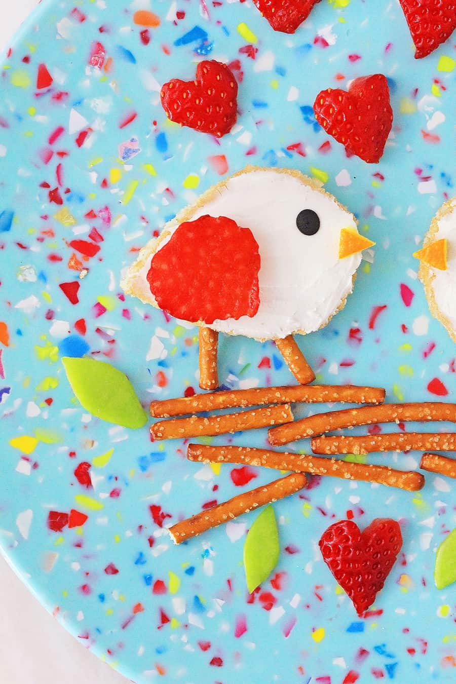 Love Birds Valentine Toast. Cute Valentine lunch for kids.