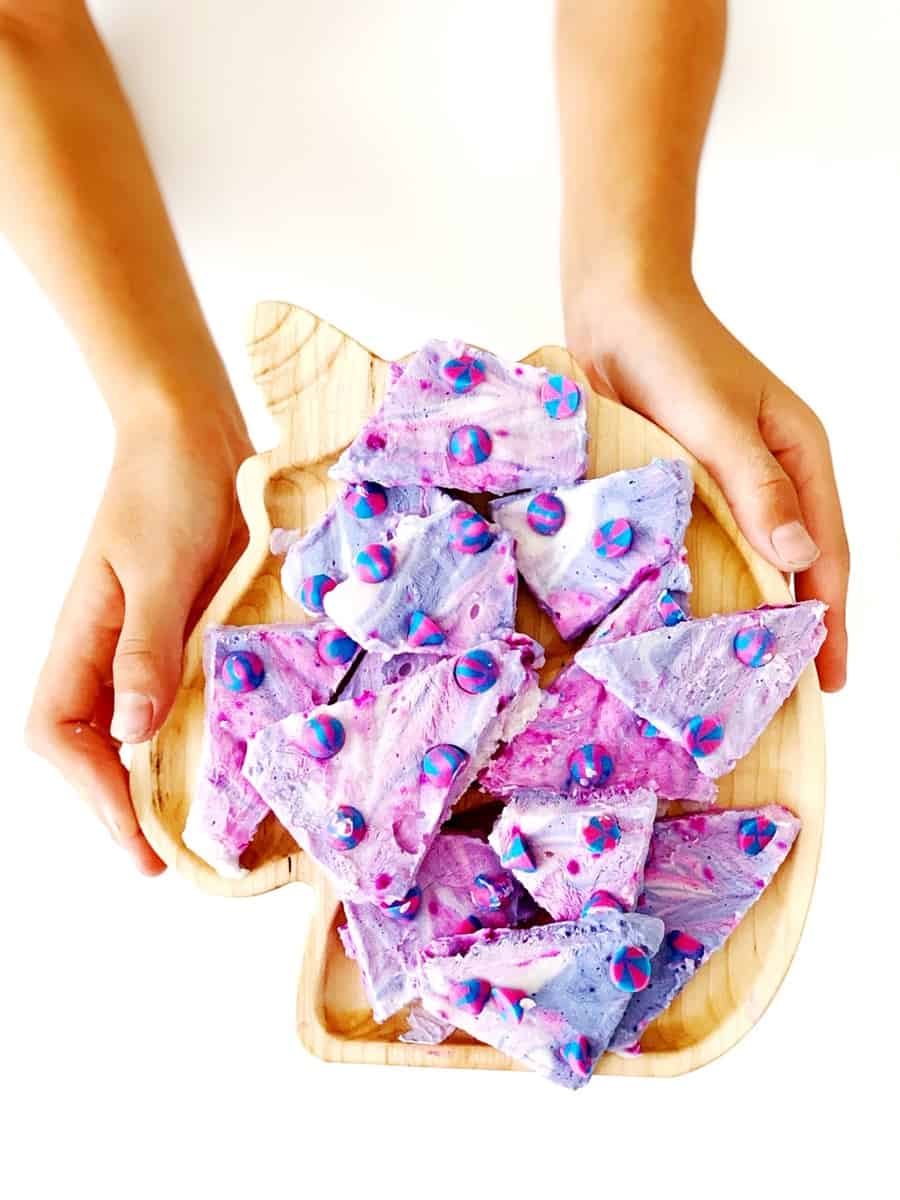 Unicorn Chips Frozen Yogurt Bark