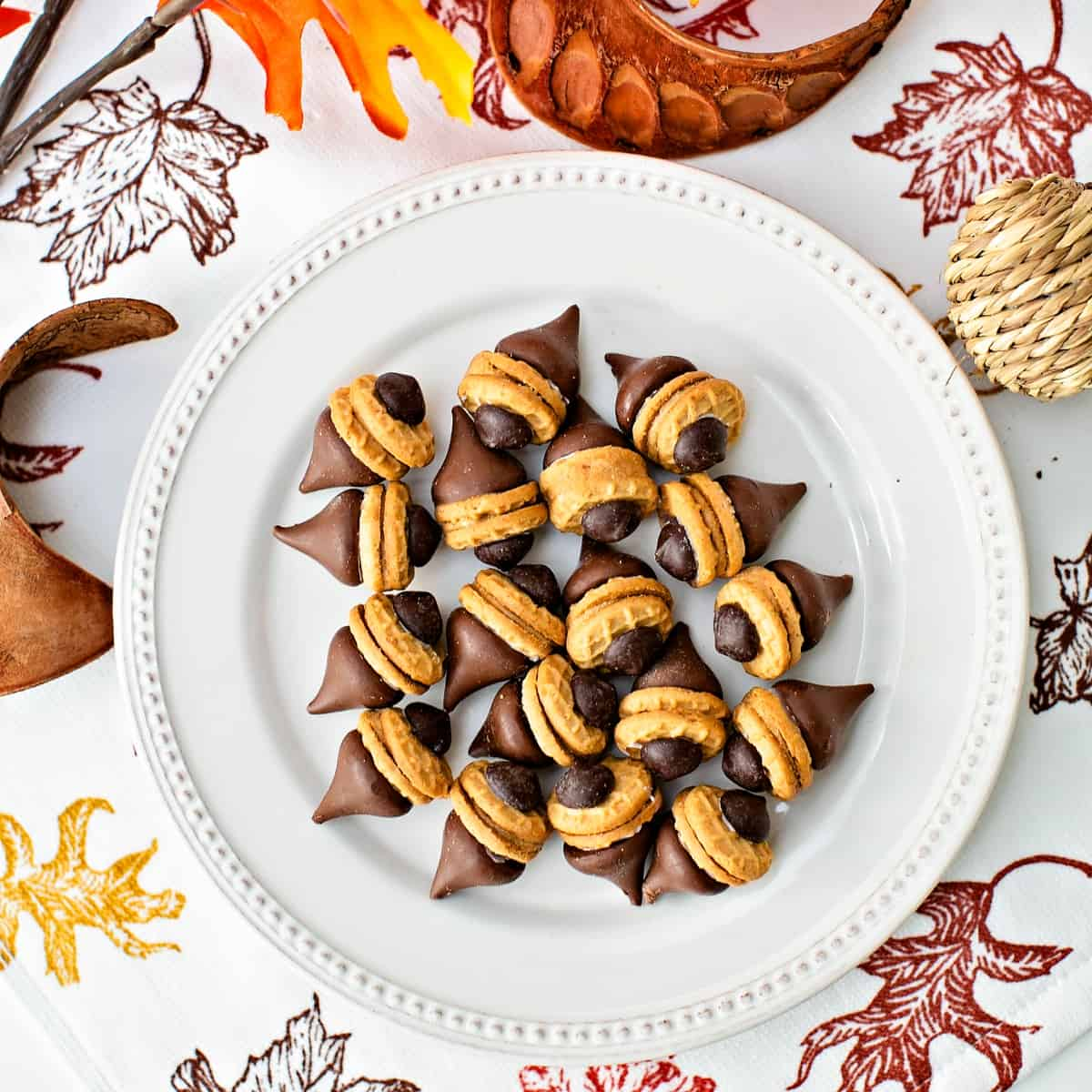 Easy Acorn Cookies