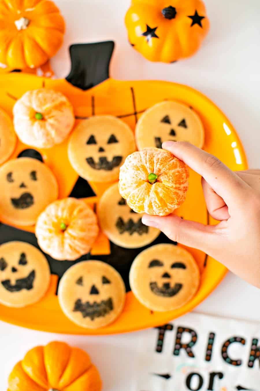 These Easy Halloween Pancakes Make a Spooky Breakfast for Kids