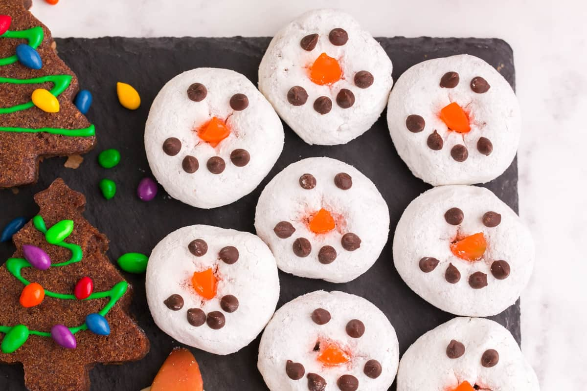 Christmas Snowman Donuts