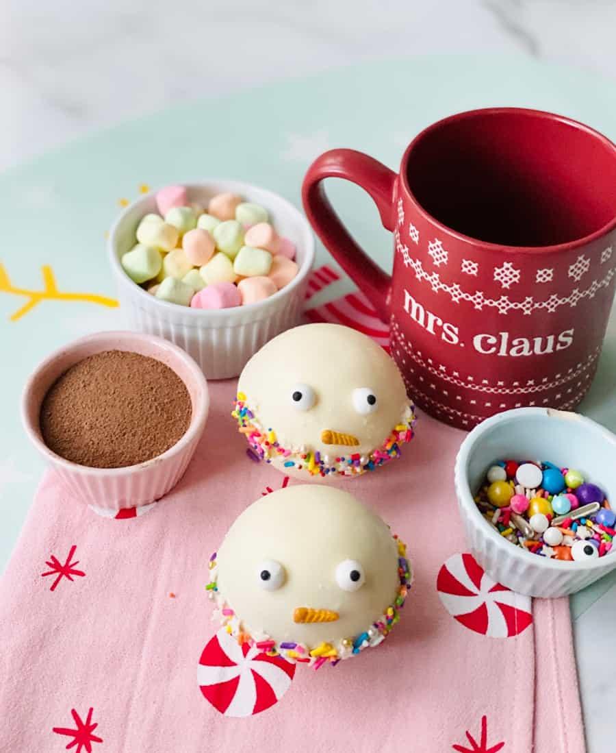 Snowman Christmas Hot Chocolate Bombs