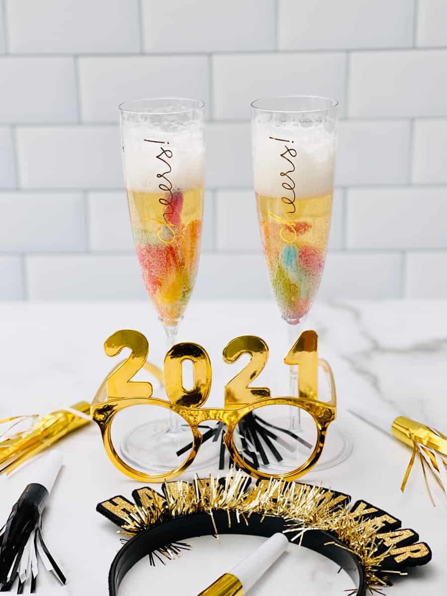 New Year's Eve Mocktails for Kids. Fun new years treat for kids