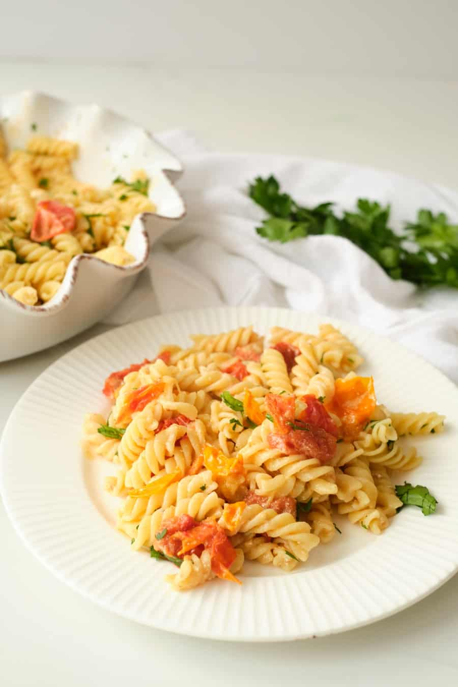Tomatoes with goat cheese pasta