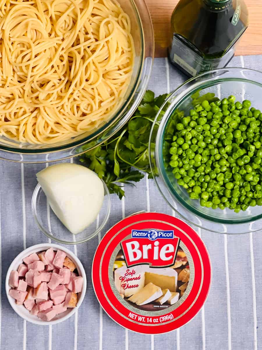 Ingredients for Brie Pasta