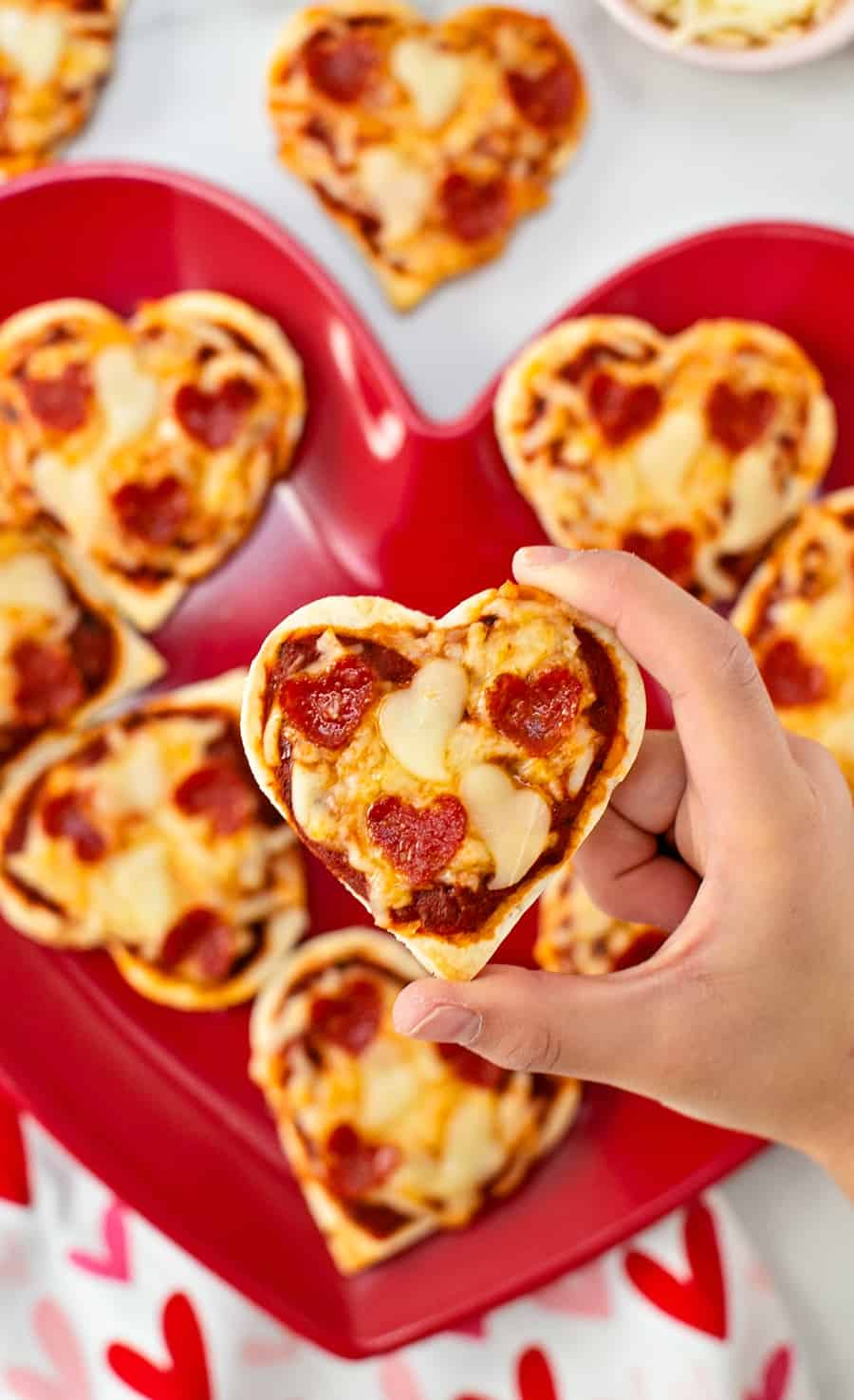 mini heart shaped pizza - valentine pizza lunch for kids