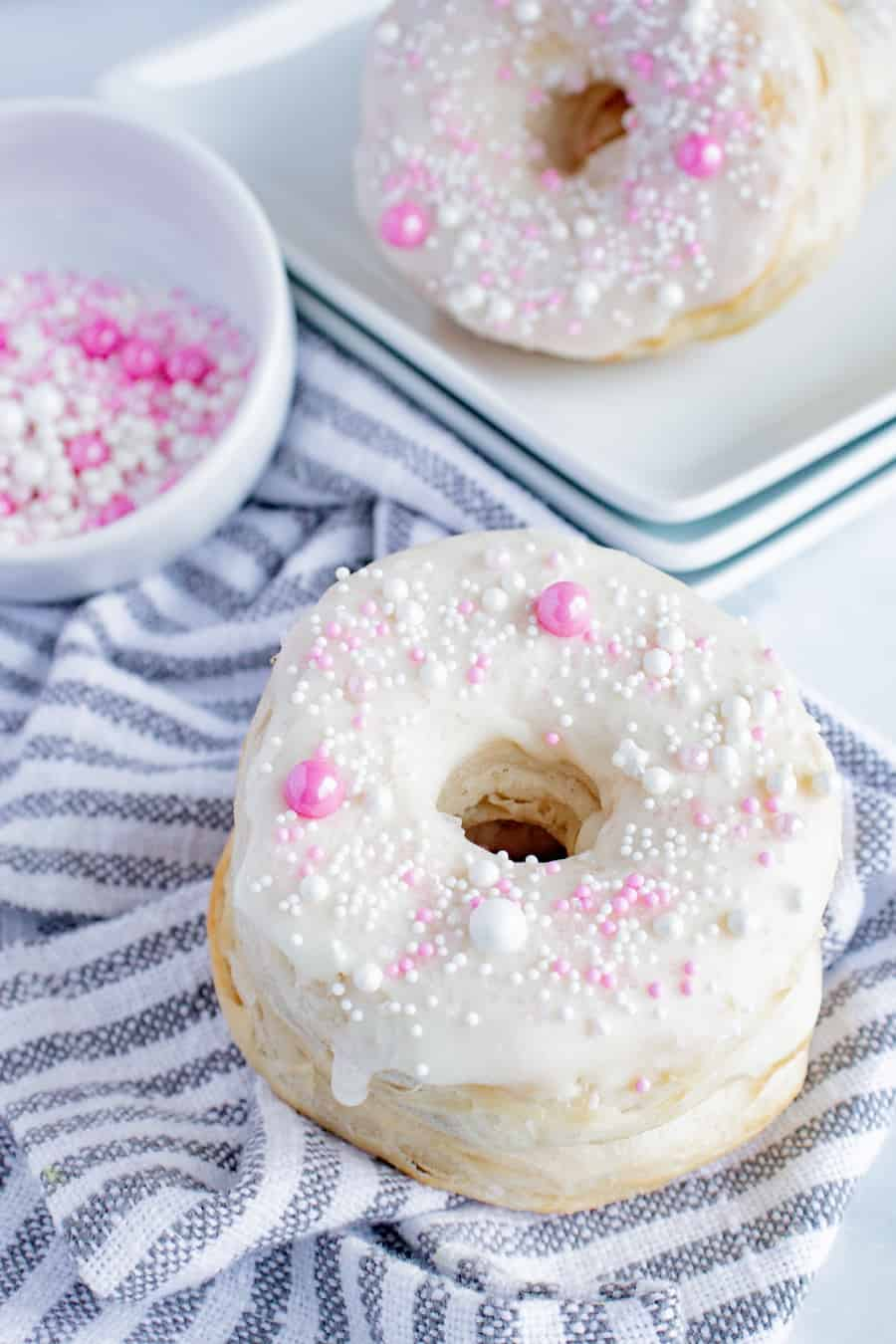 Biscuit Air Fryer Vanilla Sprinkles Donuts