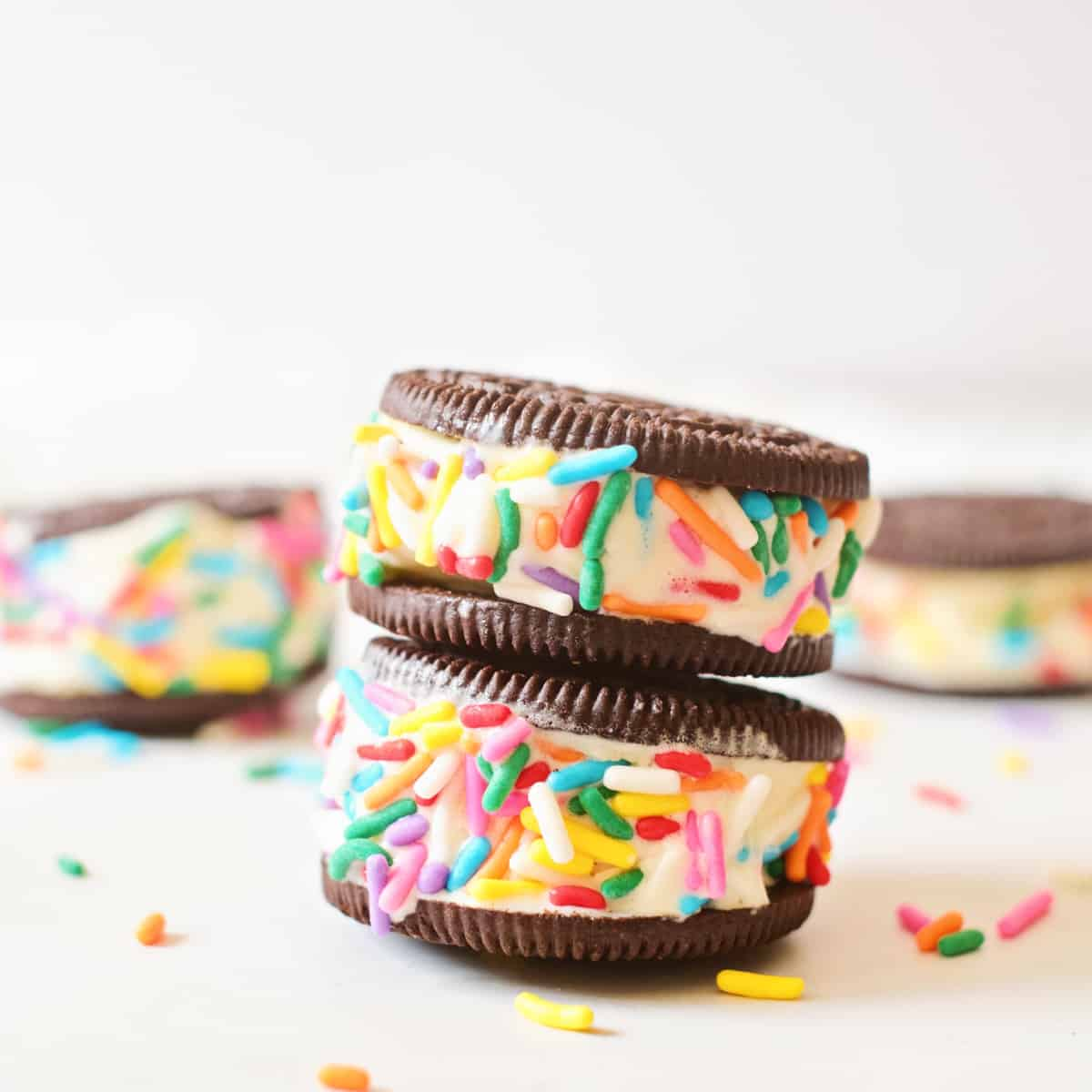 Oreo Cookie Ice Cream Sandwich – Cute and Easy Frozen Treat for Kids