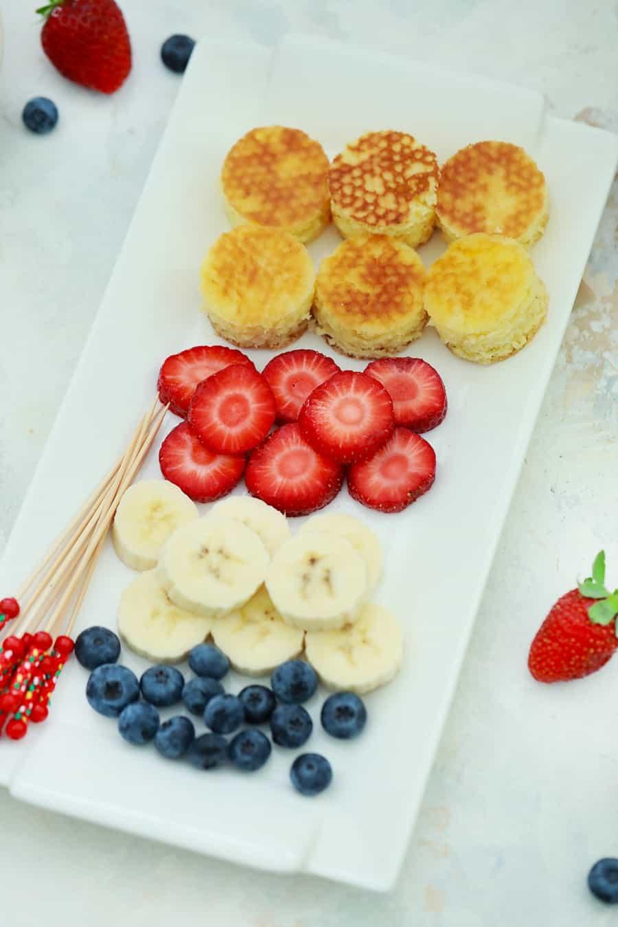 pancake fruit stack