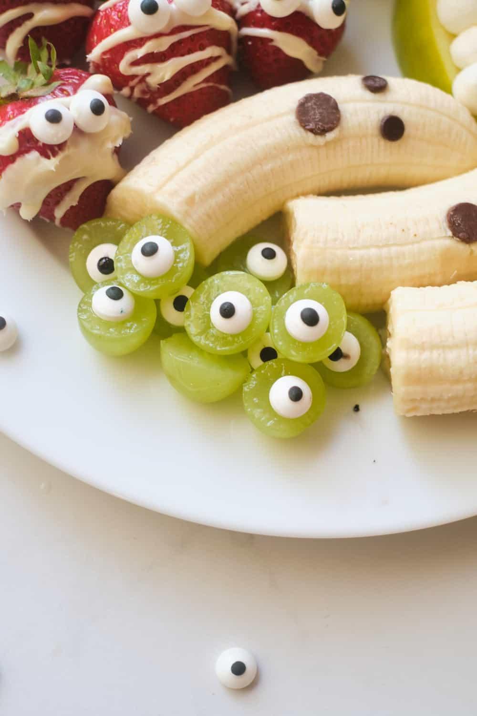 Halloween Charcuterie Fruit Platter