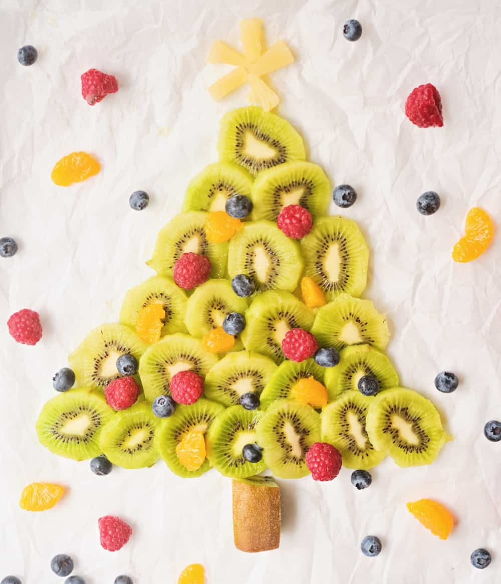 This Christmas Fruit Tree Is a Cute and Healthy Holiday Treat